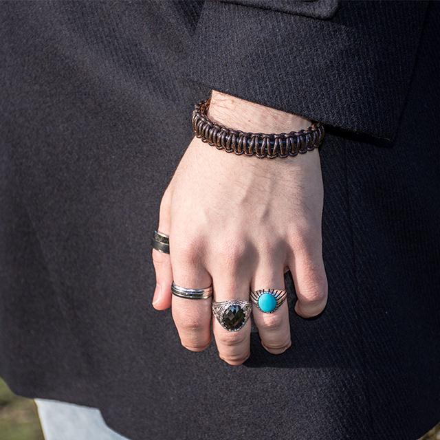 Leather Bracelet Brown Close-up