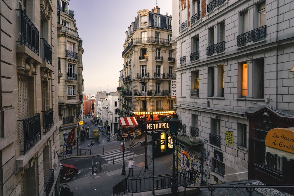 Paris Preset Before Example 3
